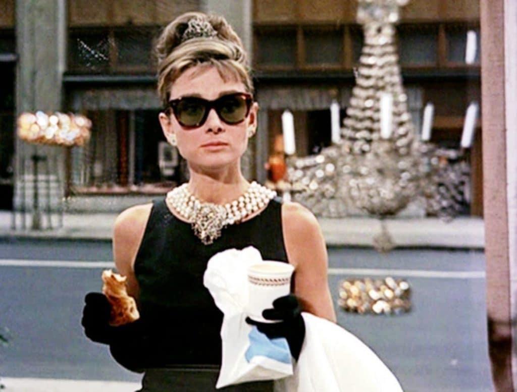 O incomparável estilo da Bonequinha de Luxo Audrey Hepburn 1